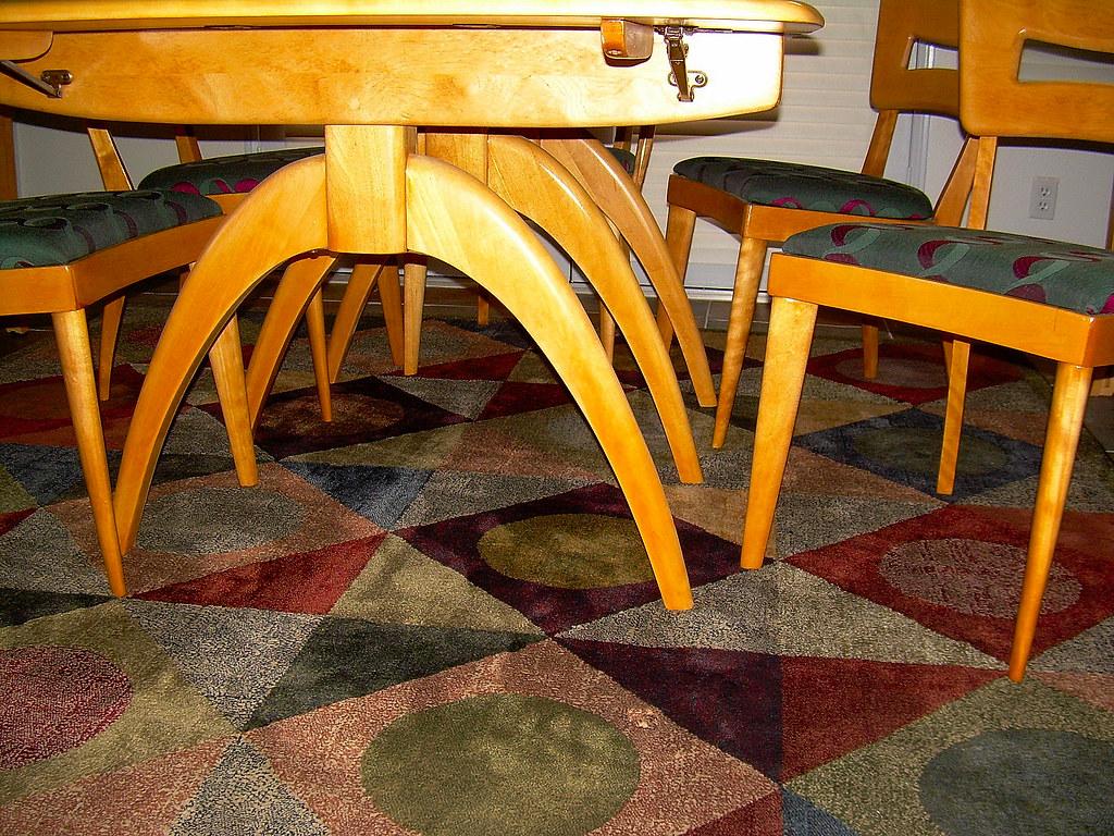 Heywood-Wakefield: Triple Wishbone Dining Table (detail)