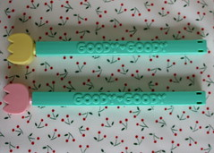 8.16.07 - Goody Goody bag clips!