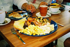 killer full english (lomokev) Tags: food english breakfast tomato mushrooms bacon cafe beans fucking egg sausage full contax friedegg agfa ultra fryup t2 agfaultra contaxt2 blackpudding fullenglish breaky georgestreetcafe file:name=070821contaxt216 fullfuckingenglish