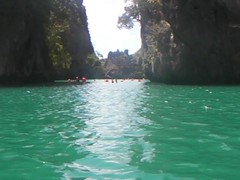 Dan Kayaking in El Nido (This World Rocks) Tags: trip vacation dan video southeastasia philippines kayaking sanyo elnido palawan waterproofcamera sanyoxacti sanyoxactivpce2 waterproofcamcorder