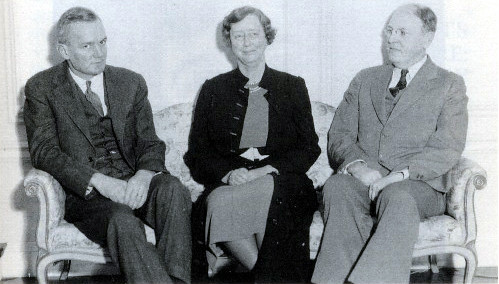 Constance Warren and Henry Noble MacCraken, with Elliot Dunlap Smith, a Sarah Lawrence Trustee, December 9, 1936