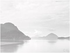 """Misty Morning"" : ""Porteau Cove Provincial Park"" - Vancouver (Stefanie Kappel) Tags: ocean mist canada mountains vancouver highkey stef kanada porteaucoveprovincialpark fotografíaglobal canong10 ""flickraward"" yourwonderland skme stefaniekappel"