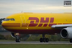 EI-OZI - 219 - DHL Air Contractors - Airbus A300B4-203(F) - Luton - 101022 - Steven Gray - IMG_4113