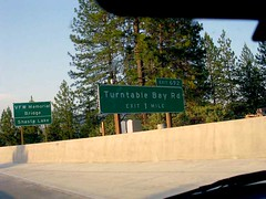 Turntable Bay (See El Photo) Tags: road trip bridge trees 15fav music signs sign northerncalifornia forest outdoors highway dj i5 roadtrip turntable freeway signage shasta roadsign exit mtshasta ontheroad shastalake interstate5 1f faved offramp signer  firmar firmare  assinar