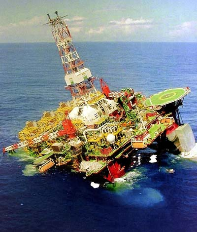 Petrobras P-36 Sinking - The Biggest Oil Rig Sinking In the