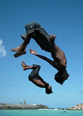 back flips (thundho - nadu - andhu) Tags: men born fuji photographer air twin class diamond s7000 maldives dives backflip abigfave youngesters colorphotoaward divemoves wishicandothat
