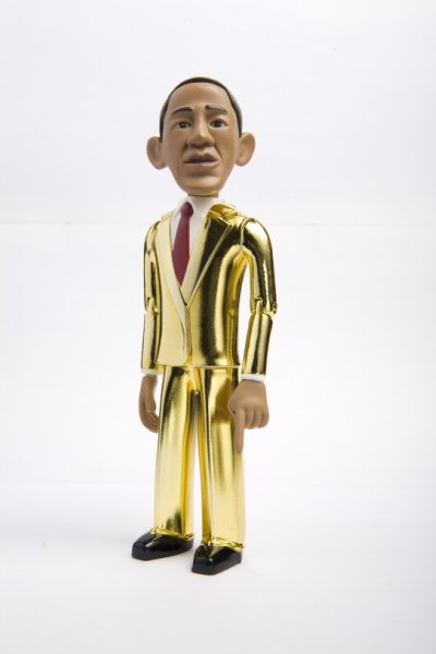 obama-action-figure-inaugural-gold-542x813_400