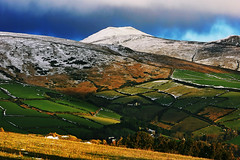 Snaefell, Isle of Man (Suddhajit) Tags: uk morning winter mountain canon landscape valley isleofman snaefell sigma70300 cregnybaa eos400d