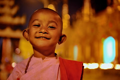 princess of shwedagon (cteteris) Tags: girl pagoda shwedagon yangon myanmar robes prayerbeads crappylight iso4000 nikond700 nikkor2470mm buddistnun notaprincessatalljusthadtheauraofone ibelieveyoudont ofcourseshesaprincess