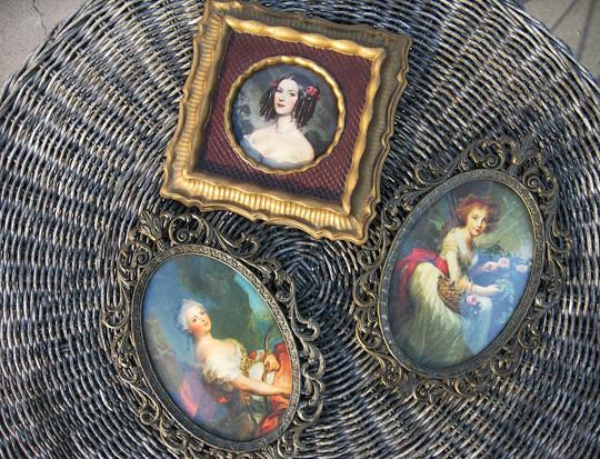 victorian portraits in frames+italian+victorian photos
