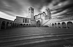 Basilica San Francesco - Assisi (Tommaso Renzi) Tags: square san long exposure basilica assisi francesco carceri eremo tommyrave tommasorenzi basilicasanfrancescodiassisi