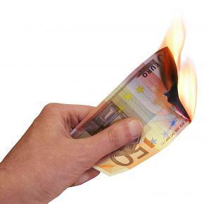 228303_hands_7_money_burned