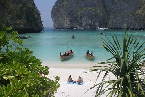 Maya Bay on Koh Phi Phi Leh (2007-03-057)