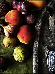 Fruitporn (redcipolla) Tags: light shadow stilllife texture fruit dark fig peach burn shade dodge passionfruit reminiscing abigfave impressedbeauty fromsummerpast