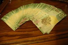Canadian Money Fan