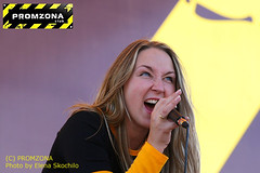 Yulka (KaptenKaoS) Tags: concert sing microphone vocal yulka