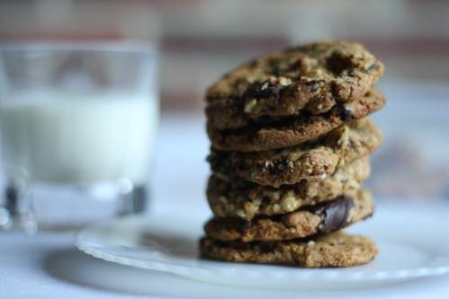 spelt walnut cookies