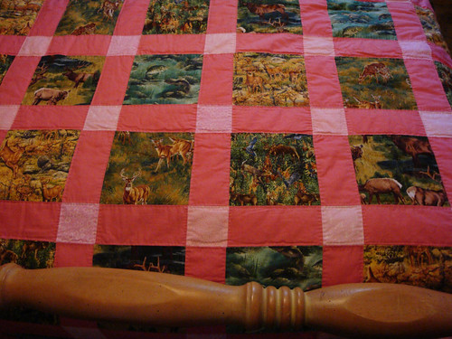 Quilt, pinks and wildlife