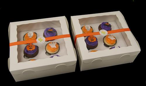 Halloween cupcake gift boxes
