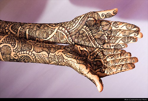 685313078 180d60b718?v0 - Beautiful mehndi desings