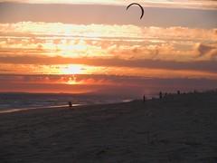 EVENING FLYING (peke_cheeks) Tags: kite beach flying eva impressedbeauty fsro pekecheeks