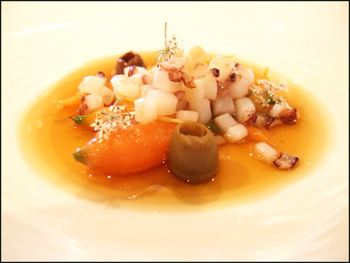 Mugaritz (Errenteria) - Carrots Cooked in Clay with squid & Arbequina olive broth