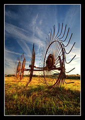 Farmers tool (Focusje (tammostrijker.photodeck.com)) Tags: travel sunset nature netherlands landscape nikon farm object farming nederland rake farmer hay tool hdr boerderij alphenaandenrijn hooi photomatix d80 boerenleven hayrakes