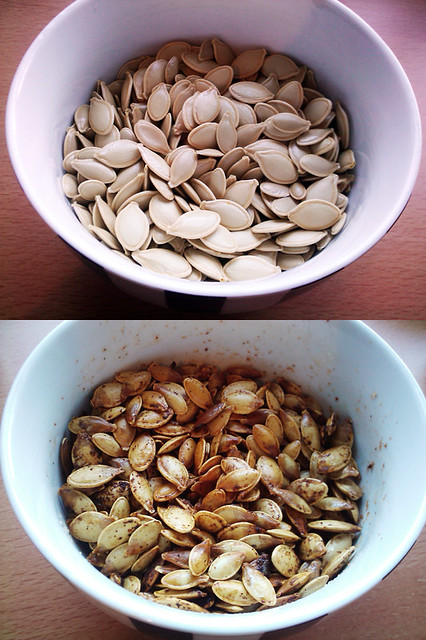 Roasted Spicey Pumpkin Seeds - The Inky Kitchen