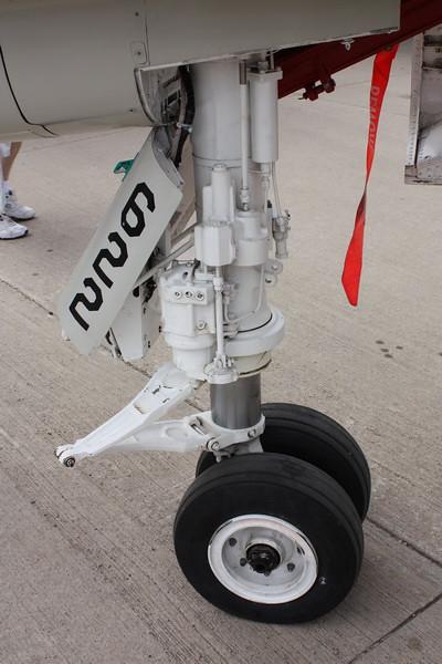EAA10_F-4E_04