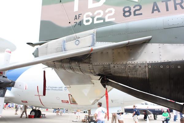 EAA10_F-4E_51