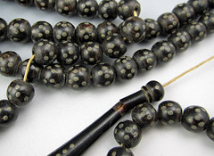 mystery bead detail 3