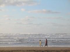 along the shore, azemmour (Chris Belsten) Tags: atlantic morocco shore maroc azemmour coastnorth elhauzia atlanticcoastbarbarybarbary africamaghreb alongtheshore