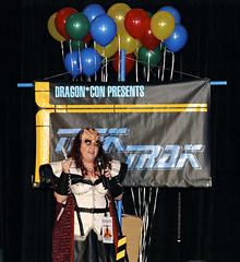 2553cr (elemess) Tags: costume klingon dragoncon dragoncon2007