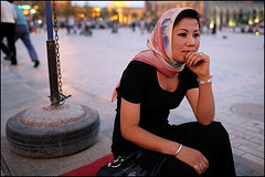 Uyghur woman - Kashgar (Maciej Dakowicz) Tags: china travel portrait woman tourism evening asia xinjiang kashgar uyghur oldtown kashi chiny uigur kashgaroldtown