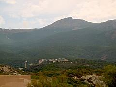 Le village d'Ogliastru sous Cima di e Follicie