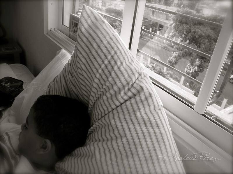 Cae la tarde- Él