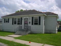 4934 Howard Ave