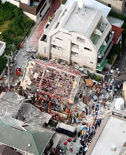 【北海道】札幌の飲食店で爆発か アパマンショップが跡形もなく…41人がけが うち1人は重傷★7 YouTube動画>5本 ->画像>58枚