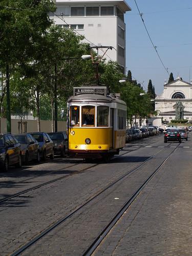 Lisboa - Rua Saraiva de Carvalho