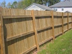 Lowes Sucks Fence Installation And Crappy Customer