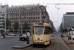 MIVB tram 9085 Brussel (Arthur-A) Tags: brussels belgium belgique belgie trolley bruxelles tram streetcar brussel trams tramway strassenbahn stib mivb