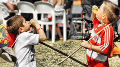 Duelling banjoes (Axel Bhrmann) Tags: festival spring wine rats winetasting waterslide 2008 cellar johannesburg magaliesberg gauteng winefestival winetaster 10millionphotos buhrmann tenmillionphotos cellarrats bhrmann unlimitedphotos cellarratsspringwinefestival cellarratsspringwinefestival2007 axelbuhrmann axelbhrmann cellarratsabcoza