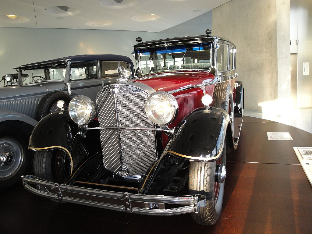 Mercedes-Benz 770 Grand Pullman Limousine