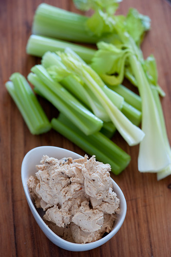 w2 tuna pate with celery