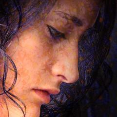 MO 11 con flores (-Merce-) Tags: family portrait macro texture textura face familia closeup female photoshop mujer perfil retrato cara profile young murky sfumato mónica joven claroscuro tenebrismo tenebrism dramaticillumination mmbmrs