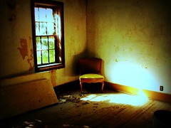 abandoned chair (-Chad Johnson) Tags: sunlight house abandoned window minnesota chair explore delapitated chaska i500 interestingness183 canons3