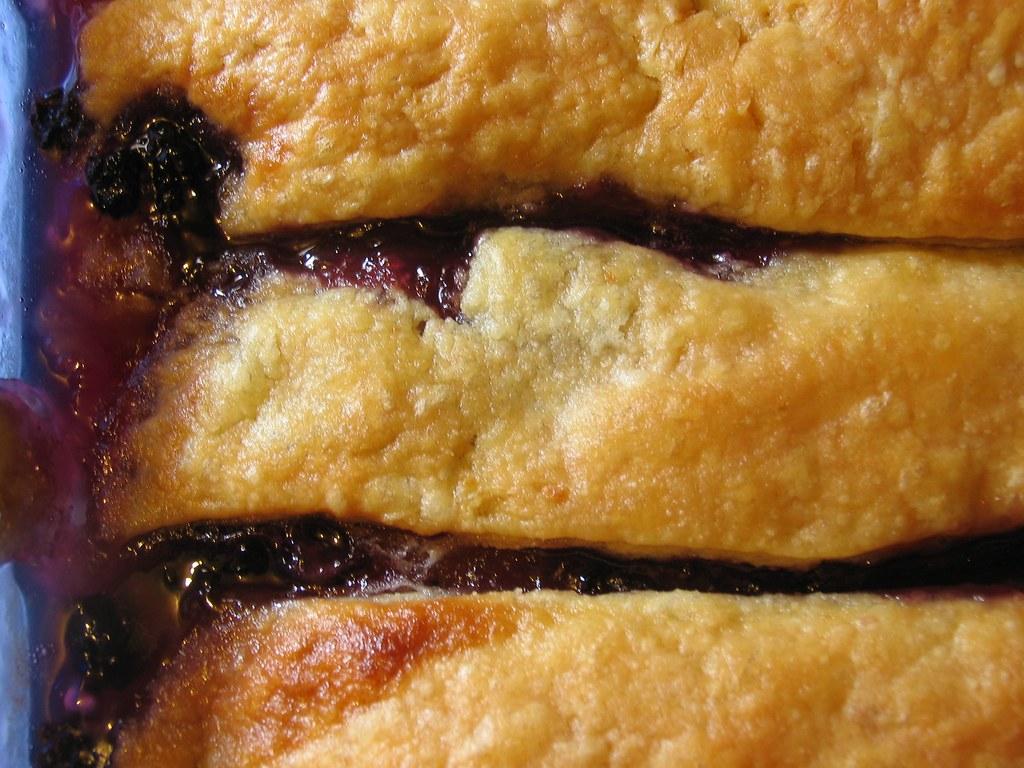 Cobbler-Nostalgia in a Pie Crust