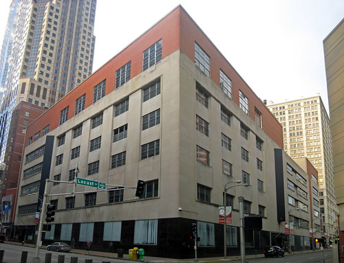 Mercantile Library Building 2010.jpg