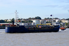 Tanker Rix Merlin (EssexPhotography) Tags: thames river ship vessel merlin shipping tanker rix chemical