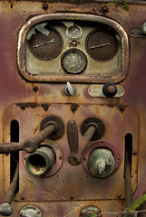 Wall-e (hutchphotography2020) Tags: red truck rusty pump controls guages fireengine knobs 1939 handles nikond40x hoseoutlet